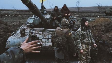 АТЦ: сейчас в Дебальцево продолжается боевая операция