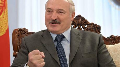 """Назван главный """"козырь"""", который Лукашенко получил от ареста боевиков """"Вагнера"""": """"В Кремле не ожидали"""""""