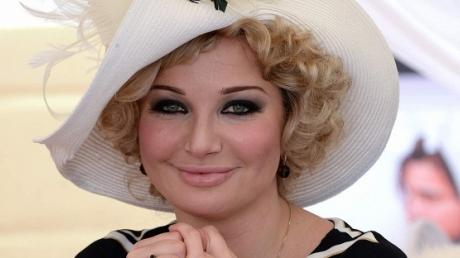 Максакова, жена убитого российского экс-депутата Вороненкова, пообещала отомстить за смерть супруга