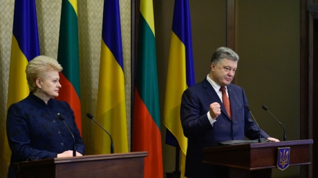 Важное заявление: Порошенко озвучил, как добиться мира на оккупированных Россией территориях
