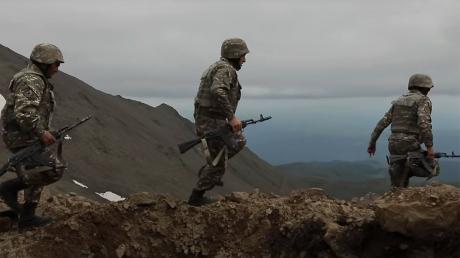 Москва сделала новое заявление об отправке армии РФ в Карабах