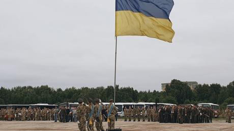марш, день независимости, киев, бадоев, коляденко, скандал