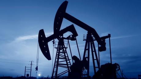Цена на нефть 14 мая: рынки начали расти после резкого падения