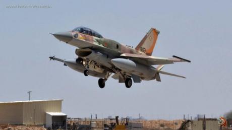 Срочно: Израильская военная авиация разнесла в Сирии танки и артиллерию обнаглевшего пропутинского диктатора Асада