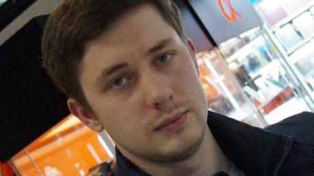 """""""Что такое """"ру***ий мир""""? Это когда россияне фотографируются с обломками самолета, сбитого ими на чужой земле, и улыбаются"""", - блогер Тверской жестко """"прошелся"""" по кремлевской идеологии в годовщину МН17"""