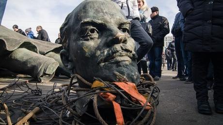 казахстан, россия, декоммунизация, скандал, памятники, история, ссср