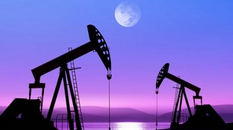 Цены на нефть вновь обвалились и продолжают снижение