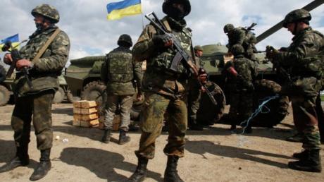 Боевики 'ЛДНР' регулярными атаками вынуждают ВСУ отвечать огнем на их выпады - Миронович