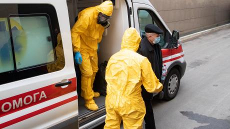Сколько стоит тест на коронавирус в Киеве, и можно ли его пройти самостоятельно
