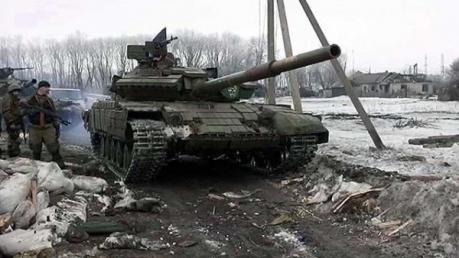 "Источник: боевики с криками ""Аллах Акбар"" захватили отдел милиции Дебальцево и ж/д вокзал"