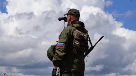 """""""Луганск и Донецк нужно возвращать скорее, иначе война сделает с Донбассом то, что не доделал СССР"""", - блогер"""