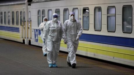СМИ узнали, кто примет решение о продлении карантина в Украине после 3 апреля