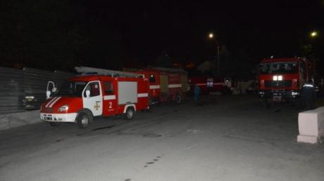 Пожар в больнице им. Мечникова в Днепре - эвакуировано 92 человека: появились кадры с места событий
