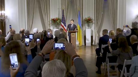 Выступление президента Зеленского перед украинской делегацией в США произвело фурор - видео