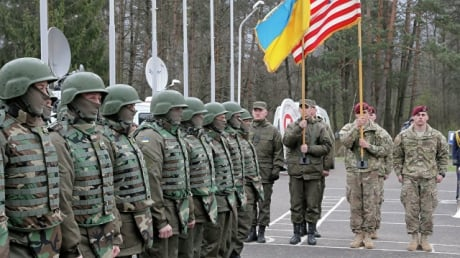 В России истерика по поводу возможных поставок в Украину американского оружия