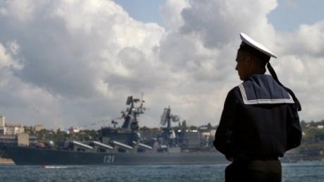 В Крыму по подозрению в шпионаже арестован служащий Черноморского флота