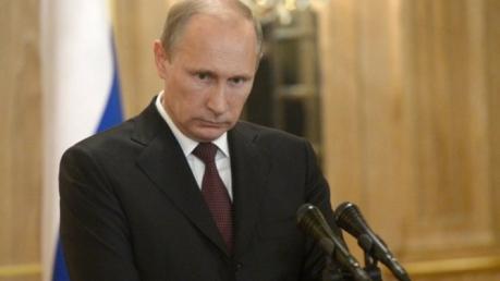 """Путин """"искренне разделяет"""" горе матери Немцова"""