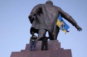 снос памятника Ленину в Харькове, новости Харькова, новости Украины, юго-восток Украины