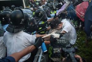 гонконг, протесты, административные здания, штурм