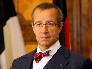 Эстония, Запад, Украина, вооружение