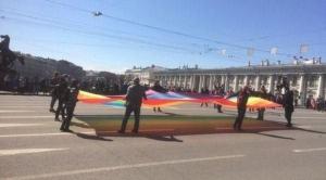 Россия, общество, политика, Санкт-Петербург, ЛГБТ, 1 мая, Пасха, шествие, митинг, крымские татары, конфликты, происшествия