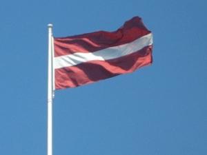 Латвия, Украина, медпомощь