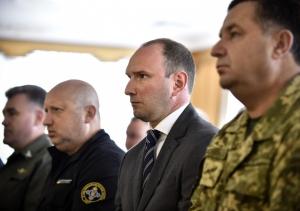 порошенко, президент, отставка, указ, разников, служба внешней разведки