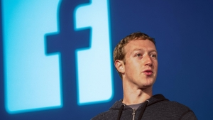 Марк Цукерберг, Акции, Новостная лента, Facebook, финансы