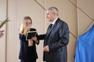 Донецкая область, пенсионер, квартира, Лиман, подарок, децентрализация, Бояров