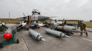 Военные учения, ВСУ  война, донбасс, удары с воздуха самонаводящимися ракетами, видео