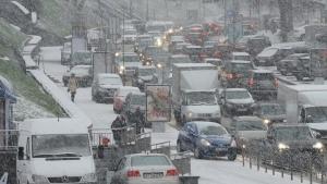 погода, киев, украина. стихия, снег, снегопад, осадки, пробки, дороги, дорожное движение