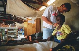Эбола, врачи, лечение, эпидемия