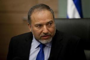 новости, Израиль, Россия, Иран, война в Сирии, отказ увеличить временной интервал информирования, Авигдор Либерман, С-300, расположение в Хама