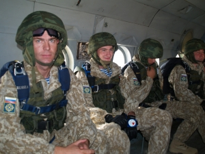 Учения, Беларусь, Россия, Псков, десантники, политика, вооруженные силы РФ, общество, стрелковое оружие