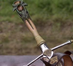 Игра престолов, Мартин, валирийская сталь, фэнтези, химия, ученый, наука, технологии, ковка