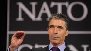 НАТО, расмуссен, путин, прибалтика, зеленые человечки, гибридная война, АТО, конфликт на востоке украины