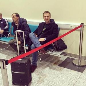 Россия, Навальный, Путин, Суд, Выезд, ЕСПЧ, Приставы, Запрет.