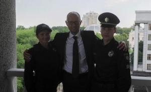 патрульная служба украины, новая форма, аваков, форма американского полицейского.