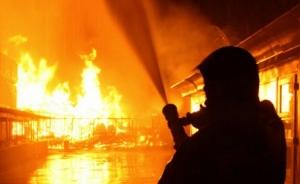 Бессарабский, рынок, Киев, пожарные, подвал, опилки