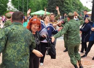 луганск, ато, луганкая область, армия лнр, милиция, зарплата