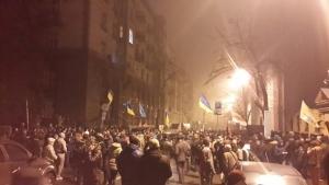 Украина, Киев, протесты, общество, Банковая, Институтская, Майдан, блокада Крыма, Аваков