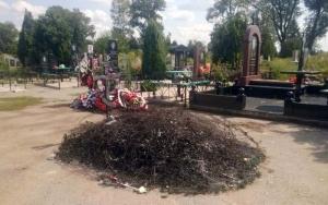 пожар, поджог, кладбище, фото, могила, боец ато, ато, донбасс, донецкая область, родинское, чп, происшествия, новости украины