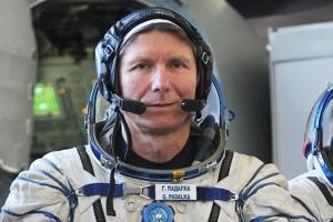 рекорд, космос, геннадий падалка, космонавт