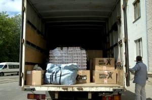 Славянск, гуманитарная помощь, люди, продукты