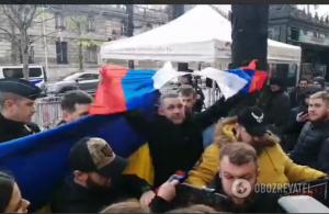 Путин, российский флаг порвали, Зеленский, Переговоры, Донбасс, Нормандская встреча.
