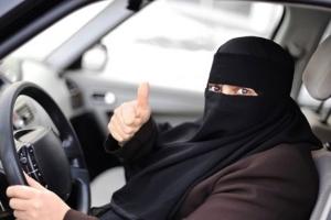саудовская аравия, вождение автомобилей, авто, машины, вождение авто в саудовской аравии, снятие запрета, Сальман бин Абдуль-Азиз ас-Сауд, король саудовской аравии, права женщин, оон, запрет на вождение авто, женщины в саудовской аравии