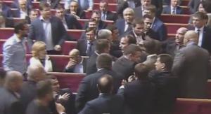 Украина, Верховная Рада, потасовка, драка, общество, Киев, власть, правительство