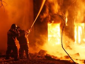 дети, Мукачево, мебельный завод, поджог, пожар, происшествия,фото, видео