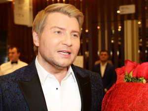 Николай Басков, образ, джин, новый год, певец