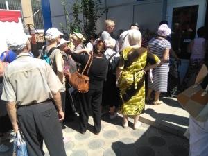станица луганская, пенсии, ощадбанк, фото, донбасс, терроризм, луганск, лнр, пенсионеры, донбасс, новости украины